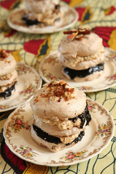 aa  4 meringues in rye op bordjies  IMG_3072 Small