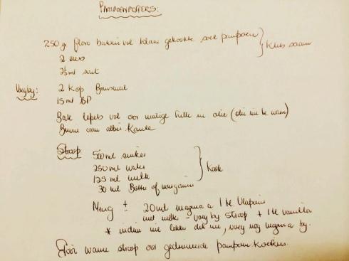 'n Handgeskrewe resep is 'n erfstuk. Na die Bloemfontein-kuier is ek terug huis toe met heerlikhede uit Annette se kombuis soos winddroog boerewors en klam biltong, én haar pampoenpoffertjie-resep om dit vir Prins Ian, pampoenkoekie-aficionado, te maak.