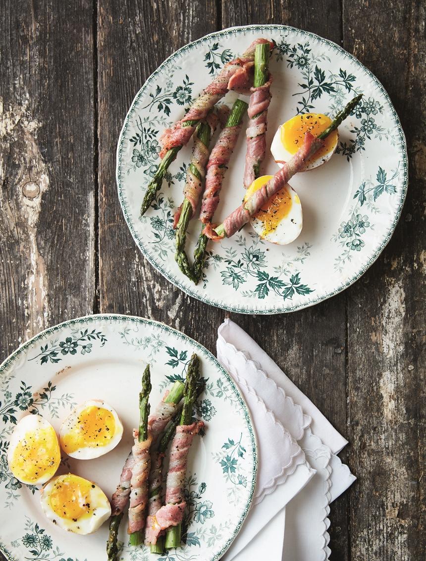 Arina se aspersies met spek en sagte eier is waarmee ek elke lentedag mee wil begin.